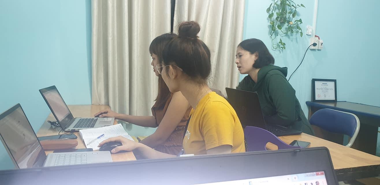 khóa học thực hành làm website bán hàng lớp đào tạo web